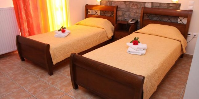 Artemis Traditional Hotel