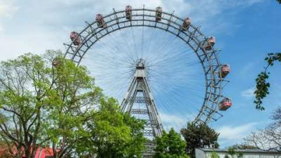Vienna: Skip-the-Line Giant Ferris Wheel Ride